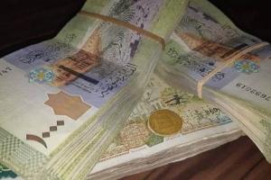 خبير اقتصادي يكشف أسباب تحسن سعر الصرف الليرة السورية