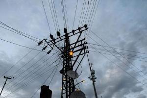 كهرباء طرطوس: سنزود المنطقة الصناعية بالتيار لتحسين الإنتاج المحلي