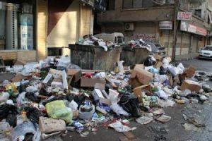 تراكم للقمامة في جرمانا...والبلدية تقول: السبب بانتهاء عقد المتعهد وعدم التجديد له