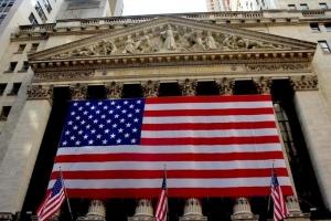 انكماش الاقتصاد الأميركي بأكبر وتيرة فصلية على الإطلاق