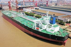 مالكو ناقلات النفط يمتنعون عن نقل النفط الإيراني