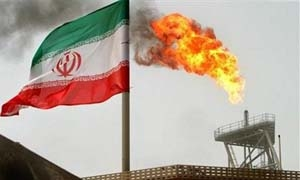 إيران تعلن الكشف عن  أكبر حقول النفط الخفيف في العالم