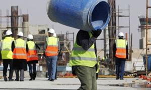 وزارة العمل الأردنية تضبط نحو 5723 عاملا سوريا مخالفاً وتقرر تسفير20ألفاً عاملاً