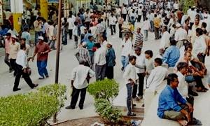 160 ألف عامل سوري في الأردن يعملون بأجور متدنية  تتراوح بين 70-150 ديناراً..و بلا رخصة عمل