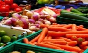 الاردن: فحص الخضراوات والفواكه القادمة lمن سوريا بطلب من
