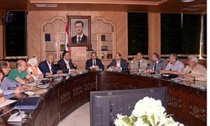 محافظ حلب يوجه بإنجاز 5 أسواق شعبية 6 ساحات للبسطات