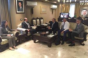 وزير الاقتصاد يبحث مع نائب رئيس حكومة القرم البدء بتنفيذ الاتفاقات الاقتصادية