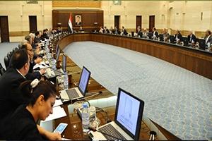 بين التدخين والتنفيخ .. تعرف على الوزراء المدخنين في حكومة عماد خميس!!