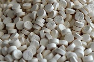 ضبط أكثر من مليون حبة مخدرات من نوع كبتاغون في مرفأ اللاذقية و مطار دمشق الدولي
