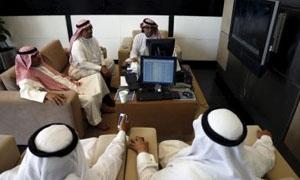 تباين في أداء البورصات العربية..والبورصة السعودية ترتفع قبيل فتحها أمام المستثمرين الأجانب