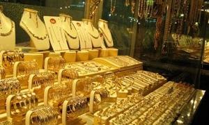 الأسواق اللبنانية تشهد طلباً كثيفاً على الذهب سببه شحاً مؤقتاً في المعروض