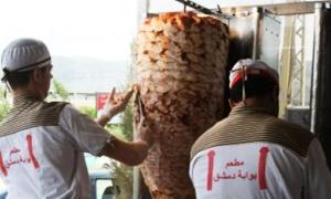 لبنان يغلق مؤسسات تجارية سورية