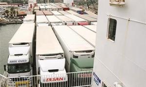 لبنان يطلق 4 خطوط للتصدير بحراً بديلاً للخط البري السوري..و المنافسة بين الشركات تخفّض الأسعار 30%