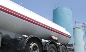 لبنان يعيد تصدير النفط إلى سوريا