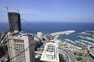 لبنان في أزمة.. تقرير يرصد الانهيار الاقتصادي الكبير