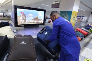 السورية للطيران تطلق رحلاتها الجوية (ترانزيت) بين دمشق وبيروت