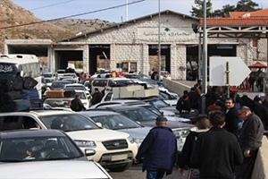 مرسوم بفرض ضريبة 5000 ليرة عن كل شخص يغادر جواً و2000 براً و10 آلاف عن كل سيارة