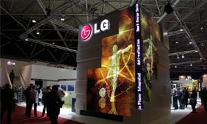 إل جي تتصدر قطاع شاشات العرض التجارية وتقدم حلولاً متنوعة بتقنية LED