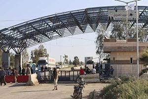 صحيفة: تهريب نحو مليون ليتر يومياً من سورية إلى لبنان..مسؤول يدعي: البنزين السوري غير مطابق للمواصفات
