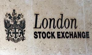 عائدات اسهم الشركات البريطانية تصل لاجمالي قياسي في الربع الثاني