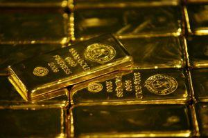 الذهب يتجه لتكبد خسائر للشهر الرابع في أسوأ موجة منذ 2013