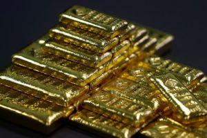 الذهب يرتفع مع انخفاض الدولار مقابل الين