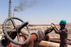 النفط يرتفع..وبرنت يبلغ 80 دولاراً للبرميل