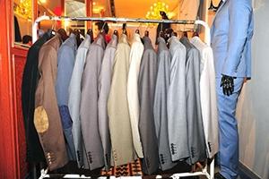 صناعي: صناعة الألبسة في سورية يمكن القول أنها انتهت..وموسم الشتاء القادم ينذر بأسعار كارثية