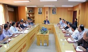 وزير التجارة الداخلية يصدر خمس قرارات لمعالجة مشاكل الطبقة الكادحة