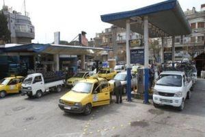التزاحم على محطات الوقود..أزمة يومية على أجندة المواطن السوري