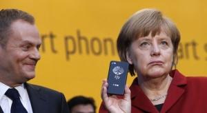 على خلفية التجسس على هاتف المستشارة انجيلا مركل.. المانيا تحظر استخدام الهاتف الذكي اي فون