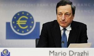 البنك المركزي الأوروبي يجمّد سعر الفائدة ويعيد ذلك إلى توقع استمرار الضعف الاقتصادي