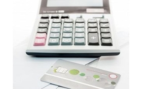 بطاقة الإئتمان أم تمويل شخصي – أيهما أفضل للإقتراض في السعودية؟