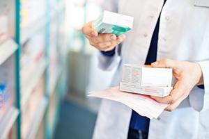 بيع أدوية خطرة بلا وصفة : وزارة الصحة تستعرض عضلاتها و الصيادلة بلا رقيب أو حسيب!!