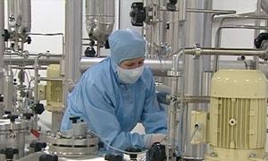 نقابة عمال المواد الكيماوية بدمشق تبحث إجراءات نقل بعض خطوط معمل تاميكو