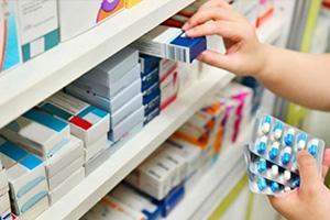 صيادلة: أسعار الأدوية في سورية لم ترتفع منذ العام 2014..و التكليف الضريبي مرتفع كثيراً