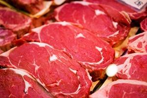 أسعار اللحوم الحمراء في سورية إلى ارتفاع جديد.. وكيلو الهبرة بـ6 آلاف ليرة!!