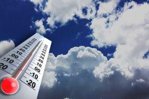 الأرصاد الجوية: أمطار رعدية والحرارة إلى ارتفاع