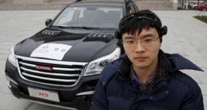 باحثون صينيون يقومون بالتحكم بالسيارة عن طريق الإشارات الذهنية