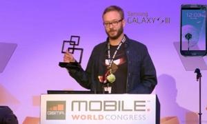 جالكسي اس 3 أفضل هاتف ذكي للعام 2012.. و