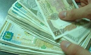 مؤشر الليرة ثابت أمام الدولار في السوداء ومرتفع في المصارف