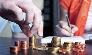 تحليل مالي : من الرابح في حرب العملات؟