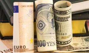 محللون:حرب في سوق العملات العالمية في حال استمرار اليورو بالانخفاض