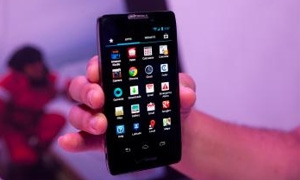 بالفيديو: غوغل تكشف رسمياً عن هاتفها