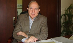 د.نبيل سكر : زيادة المستوردات وتقلص الصادرات النفطية زادت من عجزنا التجاري الى حدود 4%