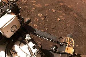 لأول مرة.. مركبة الفضاء ( برسفيرانس) تتجول على المريخ