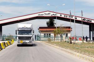 تصدير وترانزيت فقط.. معبر نصيب لم تجر فيه أي عملية استيراد إلى سوريا منذ إعادة افتتاحه