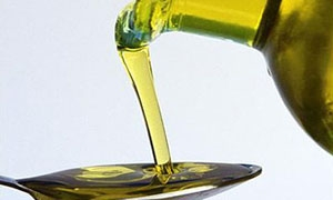 ارتفاع في زيت الزيتون إلى 4000 ليرة للتنكة
