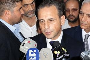 وزير في حكومة عماد خميس يمتلك 13 سيارة