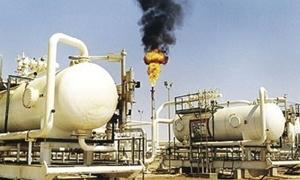 أسعار النفط تنخفض إلى أدنى مستوى منذ 11 عاماً